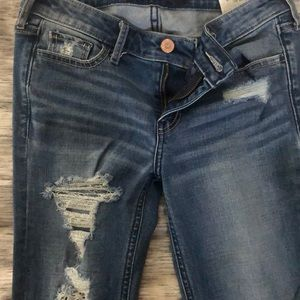 Hollister size 0 ripped jeans